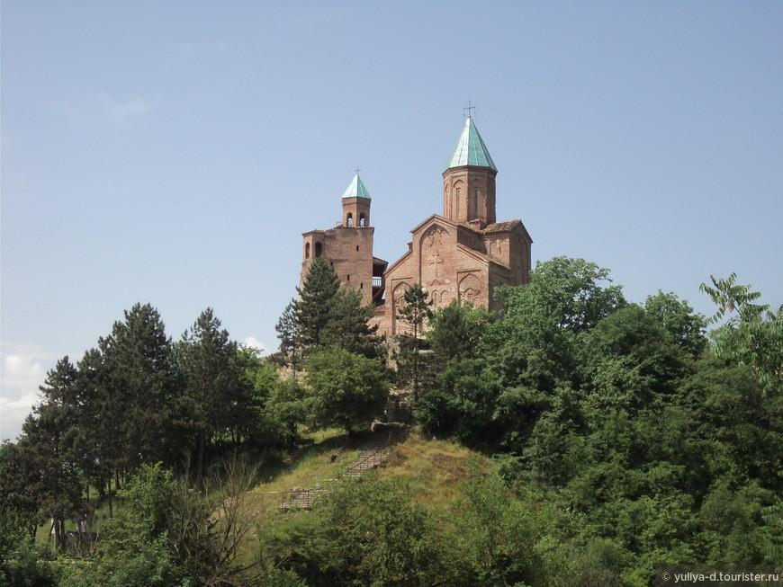 Замок Греми. 15 столетие! Раньше на этом месте стоял целый город!