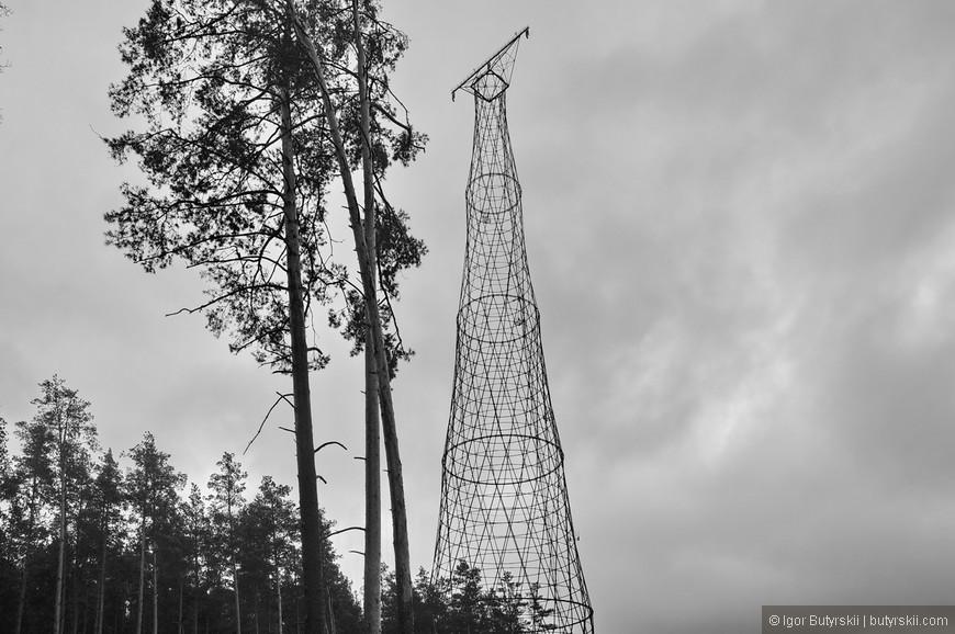 10. Если вы будете в Нижнем Новгороде на машине уделите пару часов поездке к башне вы не пожалеете, пока она еще там стоит, а не на металлобазе. Это гордость страны, гордость архитектуры которую могут просто уничтожить…