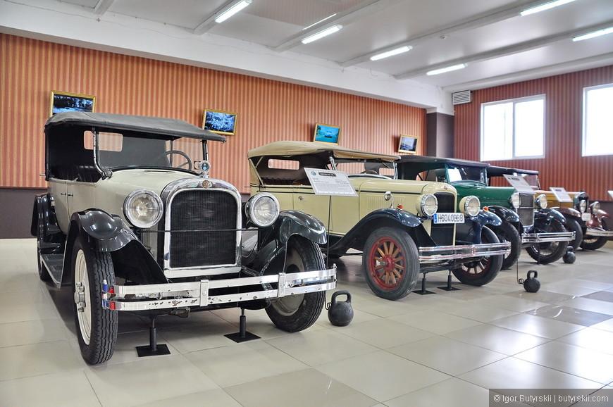 04. Все автомобили в хорошем и отличном состоянии, восстановлены, но не переделаны. То есть на них в большинстве своем стоят оригинальные детали тех лет.