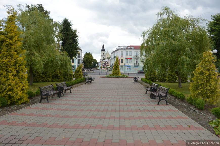 Сквер возле площади Ленина 6.jpg