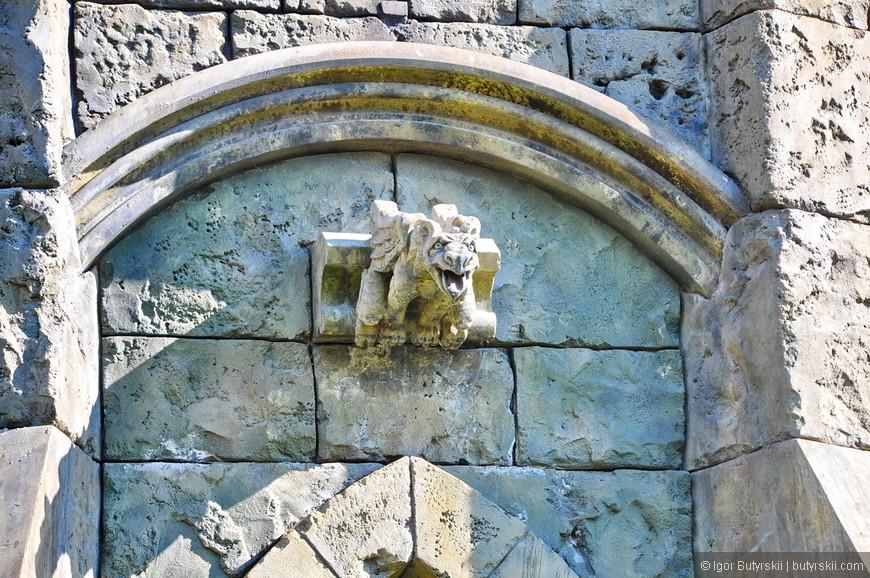 17. Официальное, полное открытие комплекса намечено на 2018 год. Владелец замка не спешит его открывать, все делается неспешно и на совесть. Это же замок, он может стоять сотни лет.