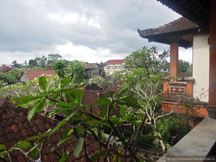 """Убуд - культурная столица Бали, на самом деле, не является городом в полном смысле этого слова... Это, скорее, """"компиляция"""" из 14 небольших деревень, - здесь нет океана и всяческих тусовок, как в Куте, - зато именно здесь можно прочувствовать настоящую самобытность острова Бали..."""
