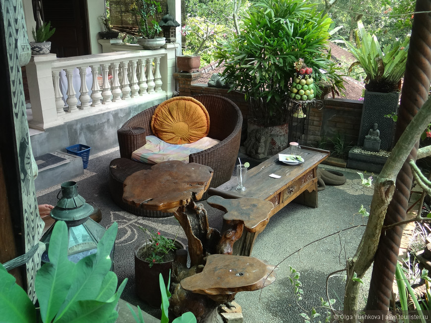 Интерьер гостевого дома, в котором мы останавливались во время второго приезда в Убуд...