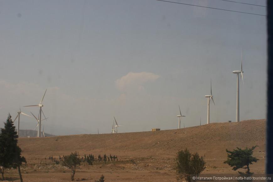 В Иране активно используют альтернативные источники энергии. Природно-климатические условия способствуют развитию этому направлению.