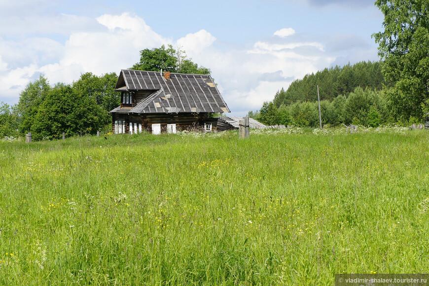 По данным переписи 2010 года постоянного населения в деревне 0 человек.