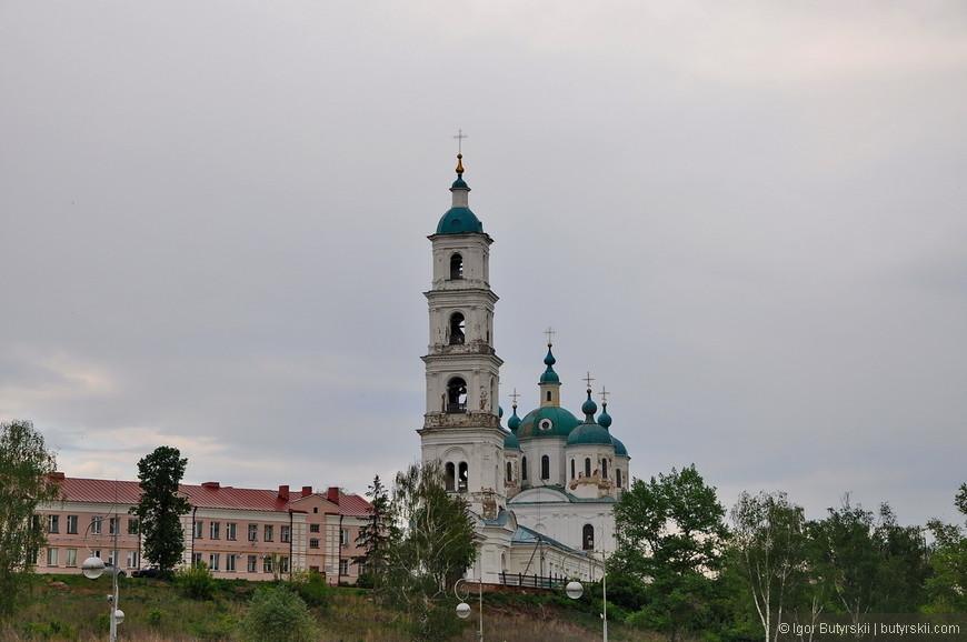 23. Спасский собор является доминантой центральной части Елабуги, его видно почти отовсюду.