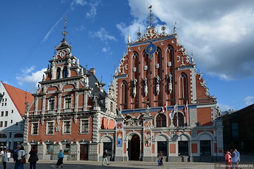 Дом Черноголовых на Ратушной площади