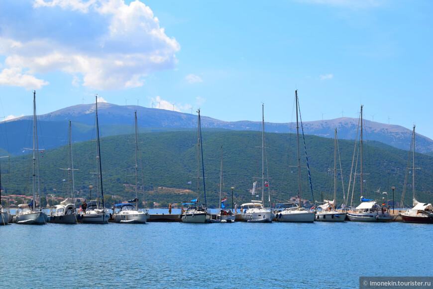 Порт городка Сами