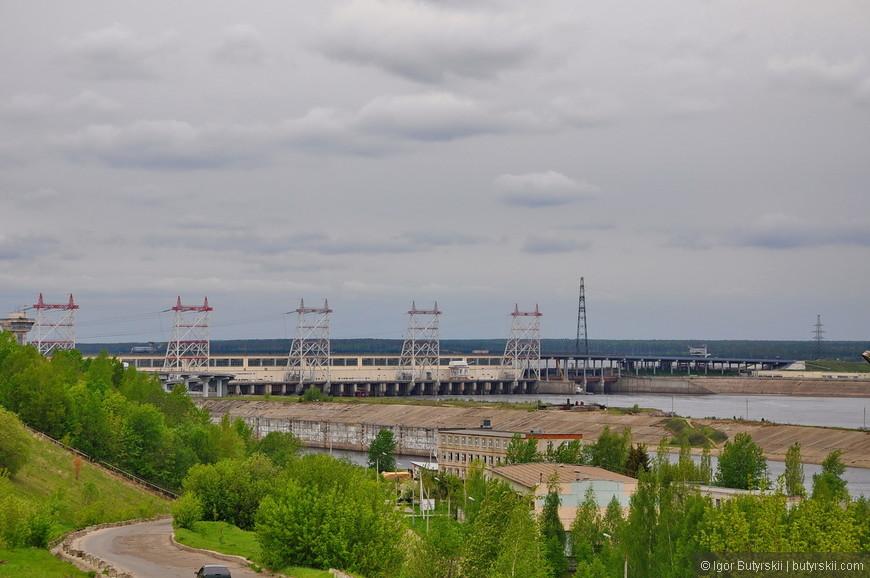 20. Чебоксарская ГЭС находится на территории сразу трех регионов России, и поэтому до сих пор не поднялась на полную высоту (из-за противоречий).