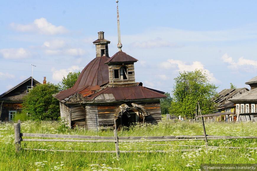 В деревне Нижняя (или Малая) Кичуга стоит старинная деревянная часовня. Это единственная старинная уцелевшая часовня в Великоустюгском районе.