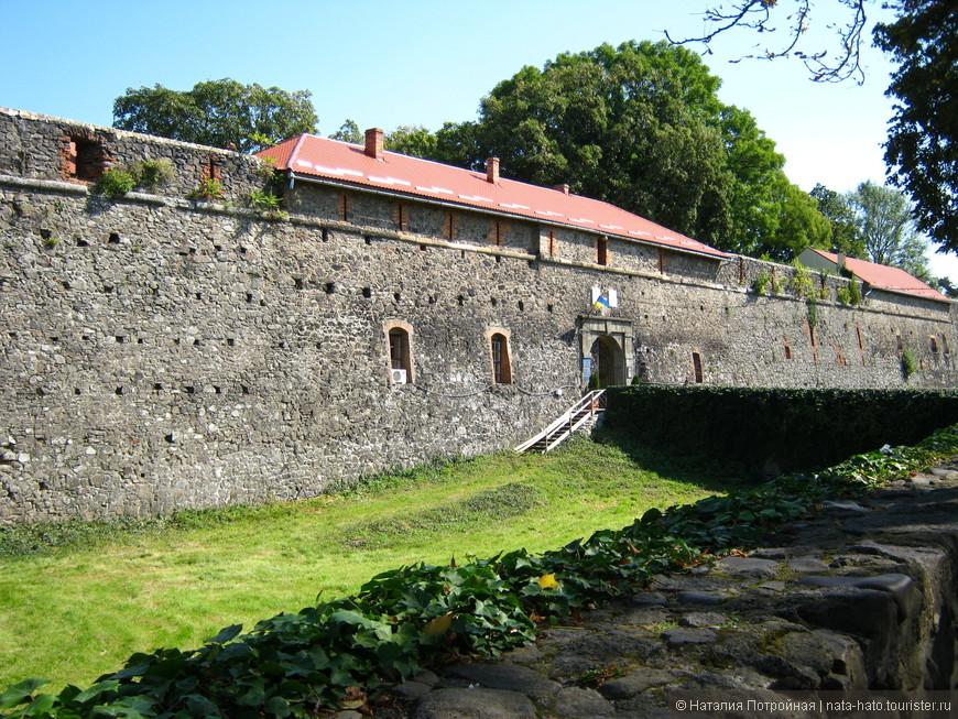 Ужгородский замок — сердце города. был построен между 10 и 11 веками.