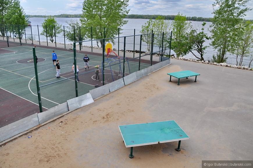 08. Спортивные площадки, конечно же, бесплатны и доступны для каждого.