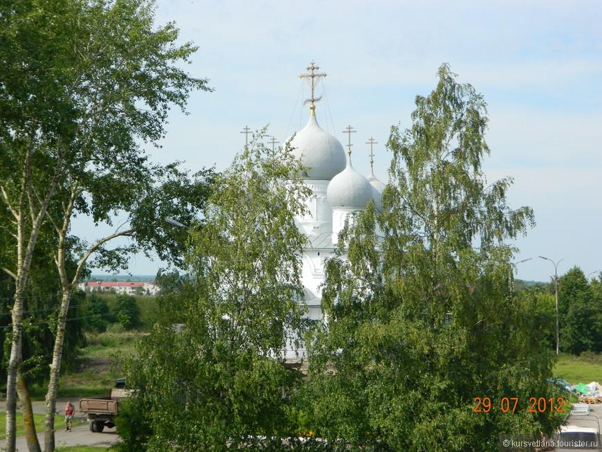 Спасо-Преображенский собор, находится на территории Белозерского кремля
