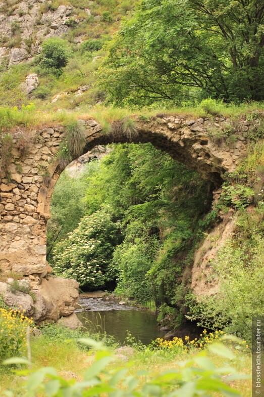Ущелье Гунот около города Шуши  (Нагорный Карабах)