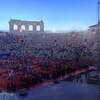 Амфитеатр Арена ди Верона во время спектакля. Верона. Италия.