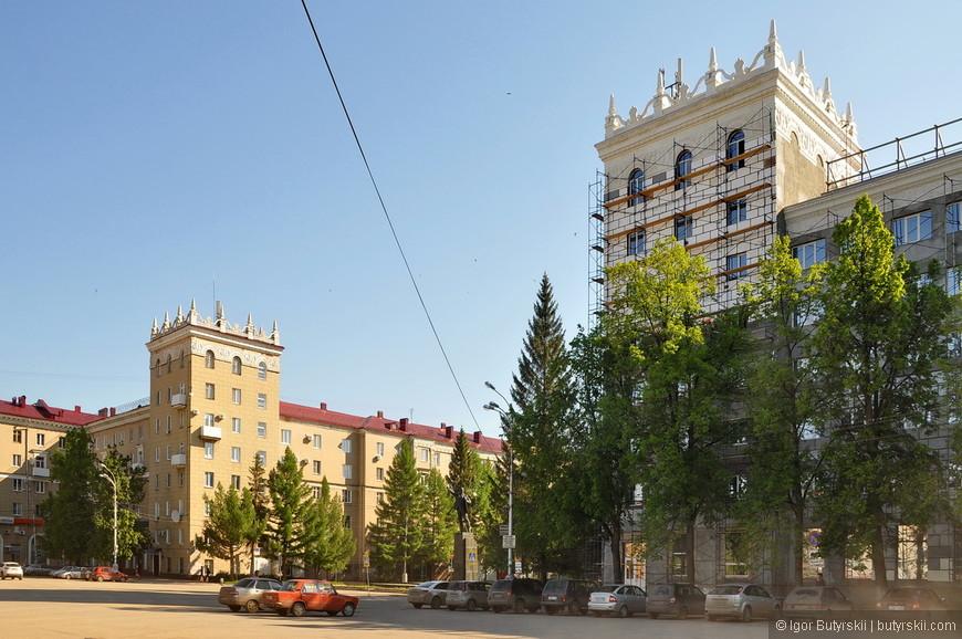 29. Строился в советское время, но уже без «лишнего шика».