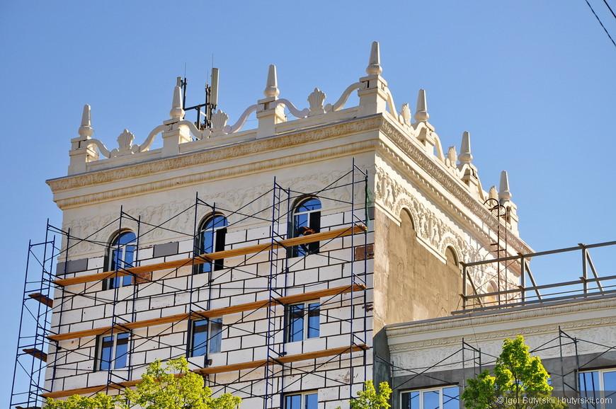 30. Самое красивое здание в городе.