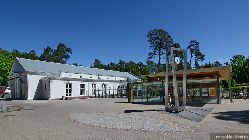 Концертный зал Дзинтари - вход