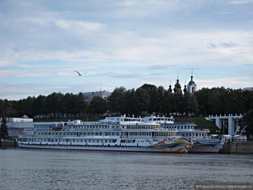 Речной порт Ярославля - наша конечная остановка