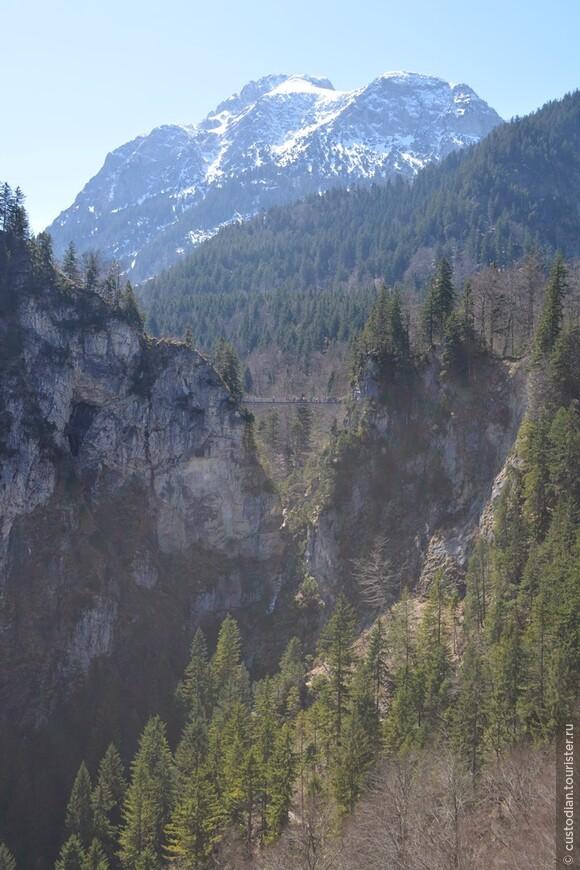 Мариенбрюке (Marienbrücke) или мост Марии. С него открывается отличный вид на замок.