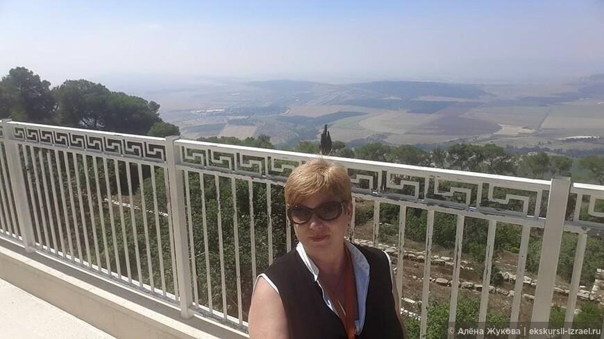 вид с горы Фавор на Изрээльскую долину