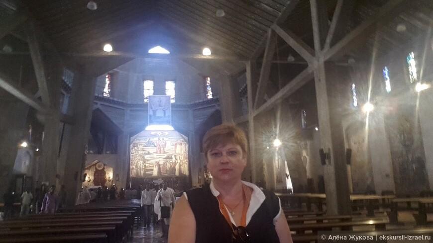 верхняя церковь Храма Благовещения в Назарете.