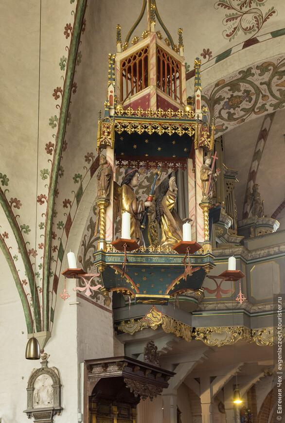 Удивительный 7свечный подсвечник 14 века