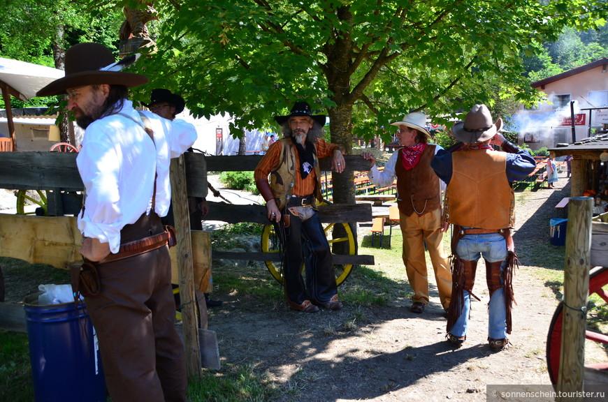 Итак, Дикий запад: шерифы,ковбои и индейцы.