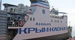 На Керченской переправе открыли кемпинг для застрявших в очереди на паром туристов