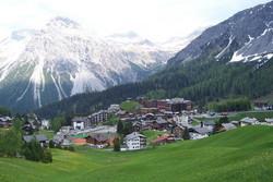 В отеле в Швейцарии рухнул проход между корпусами, 5 человек ранено