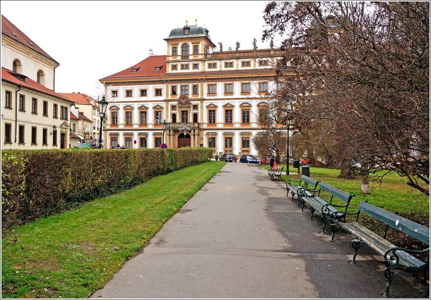 Тосканский дворец в Градчанах.