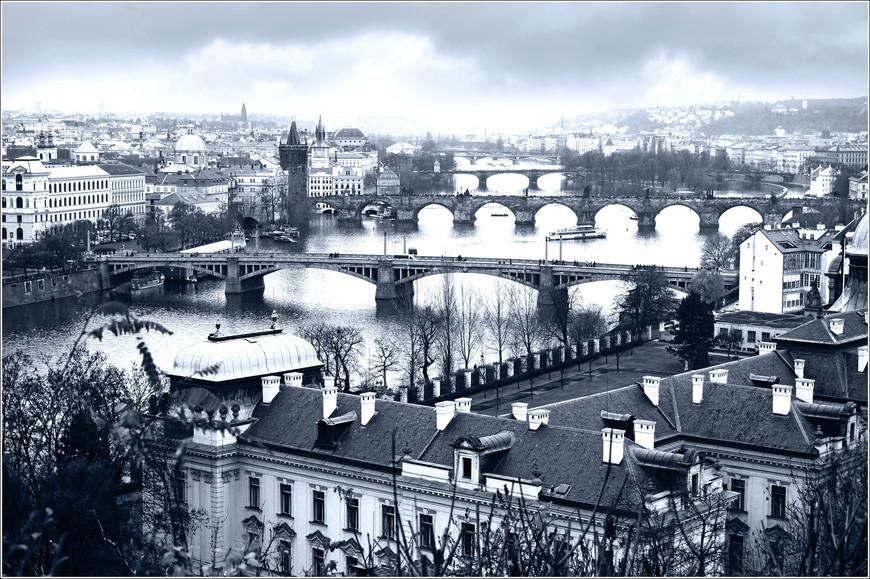 Панорама пражских мостов. Удивительное место!