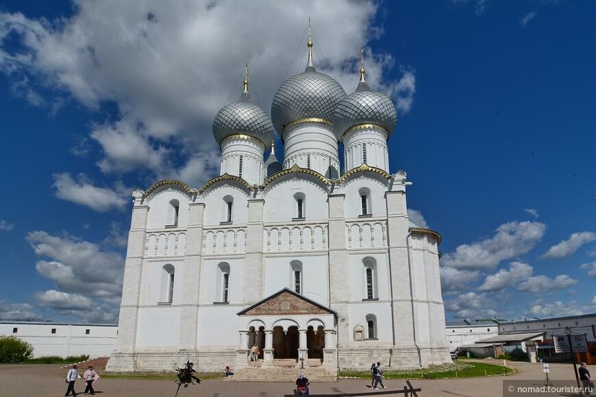 Кремль, Соборная площадь, Успенский собор
