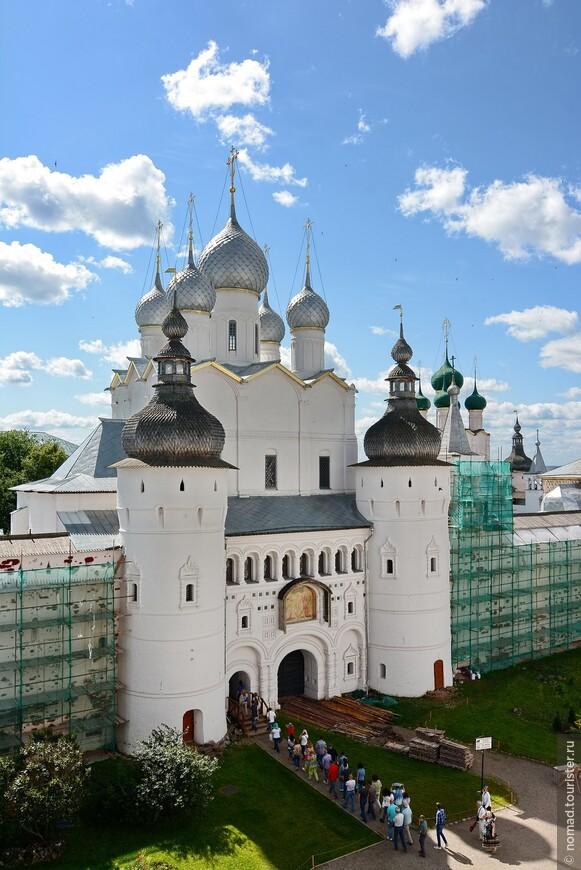 Кремль, Соборная площадь, виды со Звонницы