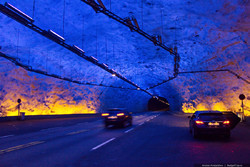 Туристический автобус загорелся в тоннеле в Норвегии