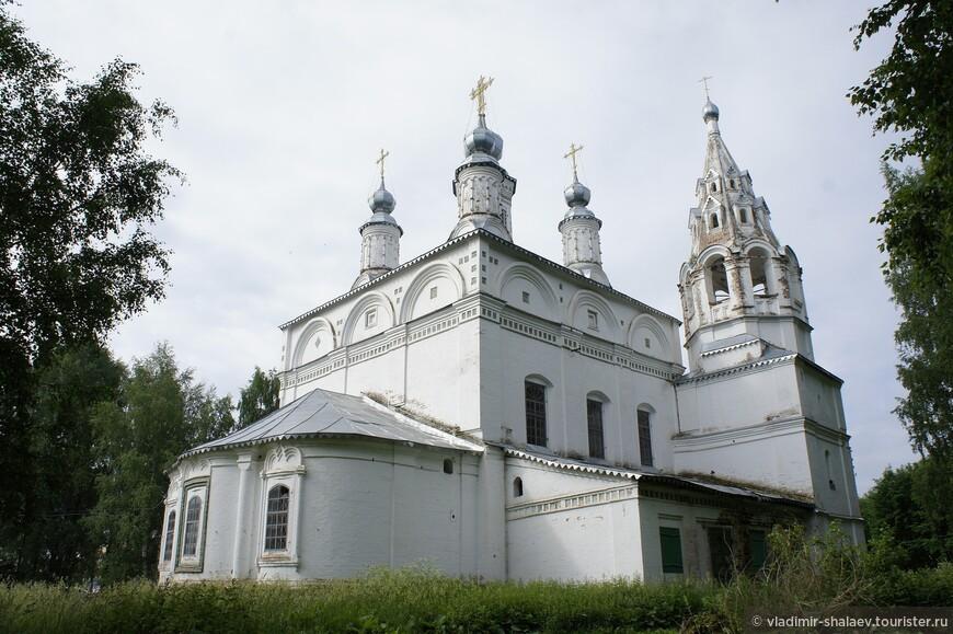 Сейчас Спасо - Преображенская церковь как и стоящая рядом Сретенско - Преображенская принадлежат Великоустюгскому центральному архиву.