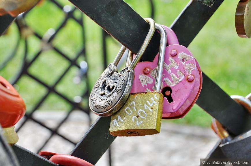 09. Розовый замок – хэндмэйд. Милашечный такой.