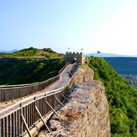 Крепость открыта круглый год.