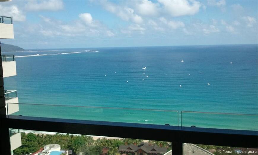 客厅阳台海景.jpg