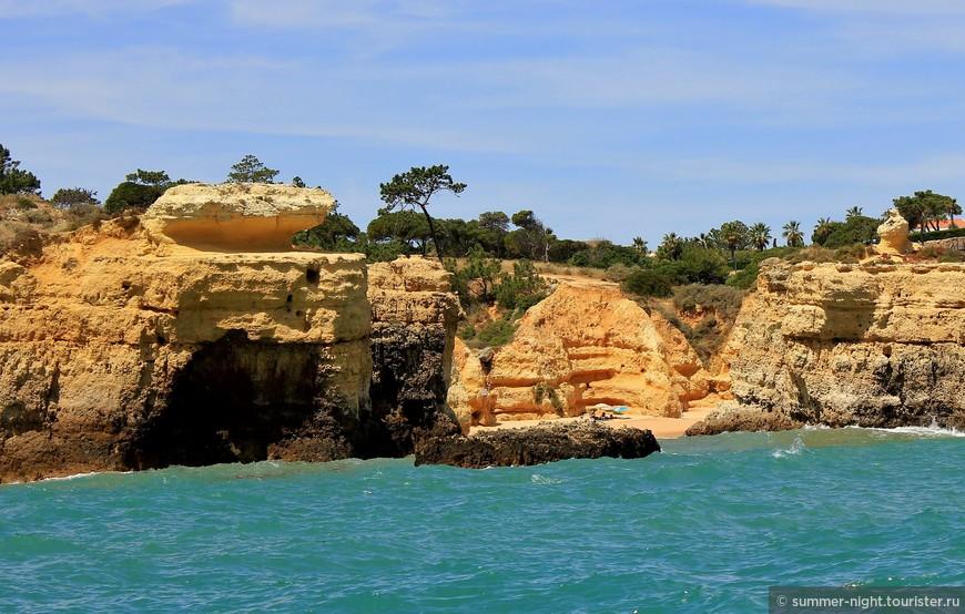 Пещерные пляжи побережья Алгарве.