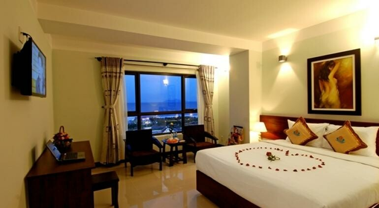 Queen Hotel Danang