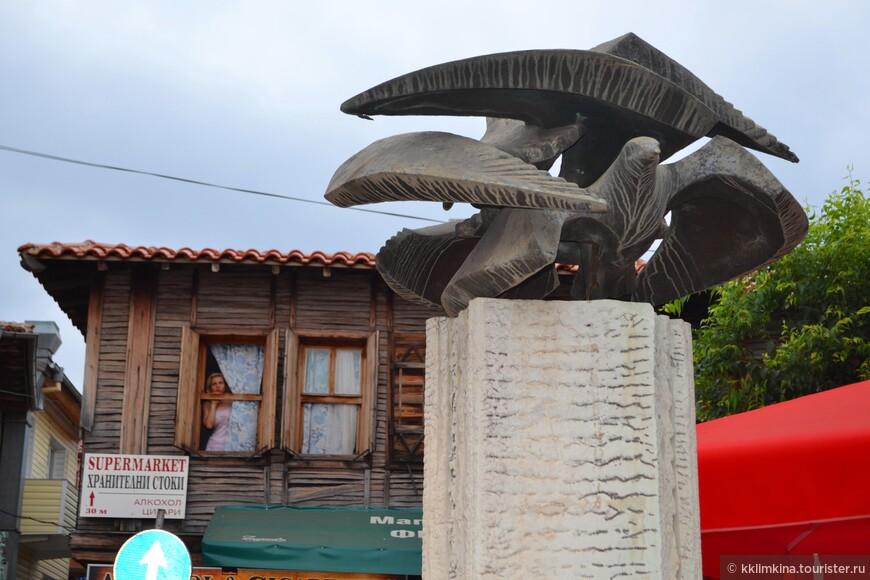 Созополь нам понравился. Приятное место для выбора место дислокации в Болгарии.