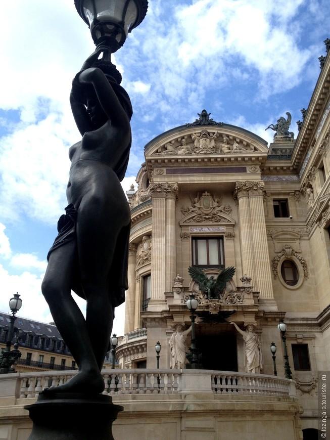 Гранд Опера - это настоящий храм всех муз, где сошлись живопись, архитектура, скульптура, музыка, танец, пение — все самое красивое в этом мире.