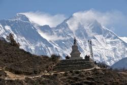 Для туристов в Непале открыли Эверест