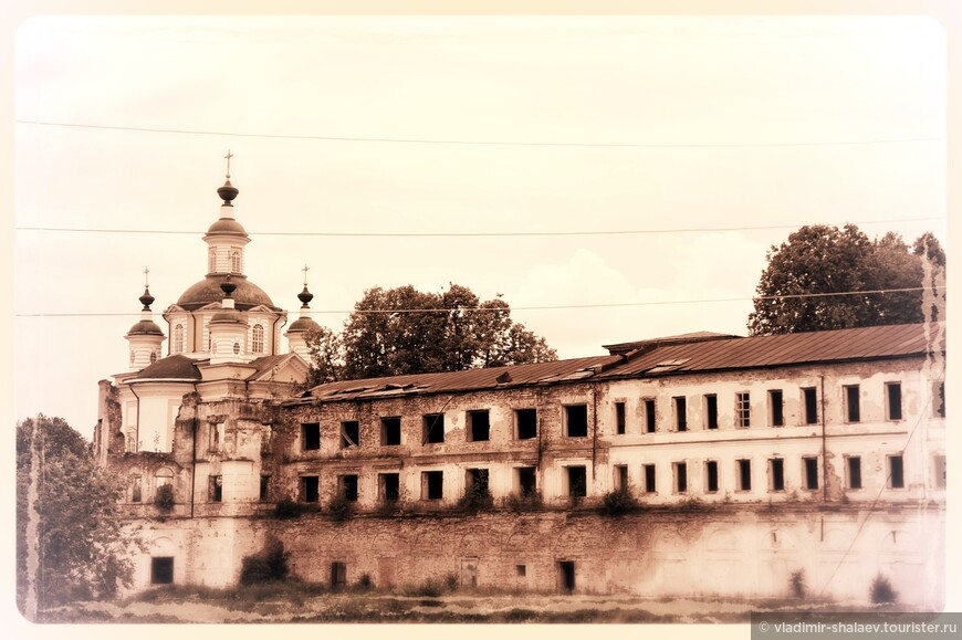 Тотьма. Спасо-Суморин монастырь.
