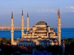 Российские туроператоры досрочно сворачивают полетные программы из регионов в Турцию
