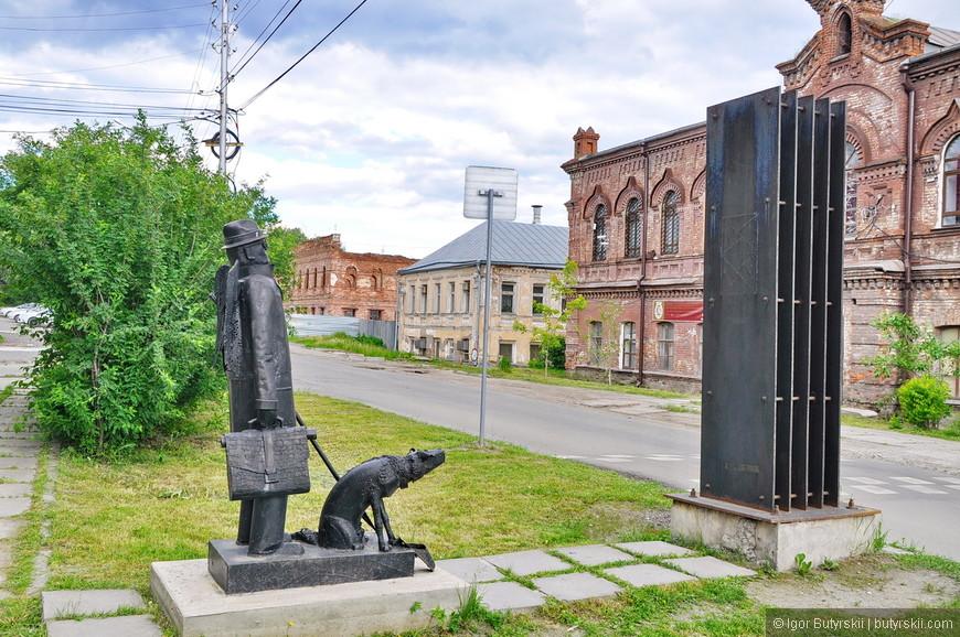 """25. Вот это шикарная скульптура. Называется """"Городской ангел""""."""