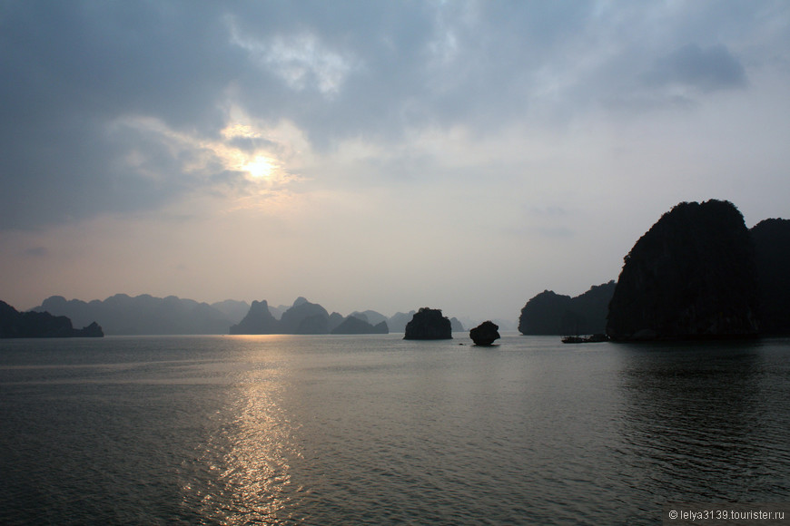 Северный Вьетнам. Бухта Халонг