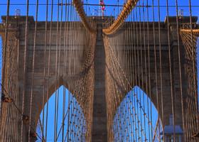 Потому что первым должен быть Бруклинский мост. И то, что он станет любимым - я совсем не сомневалась...