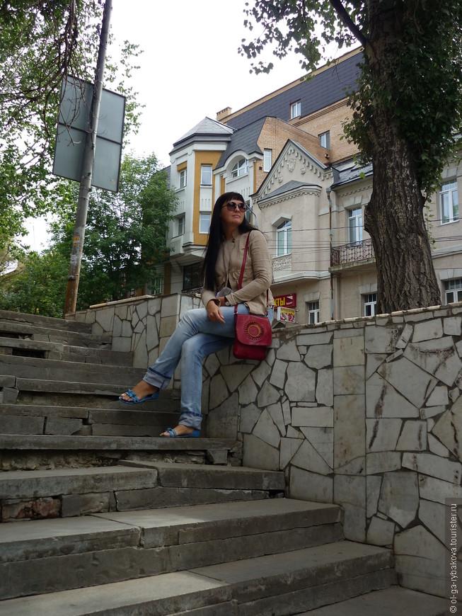 Я влюбилась в эти улочки, с их неповторимыми изгибами, спусками и подъёмами...